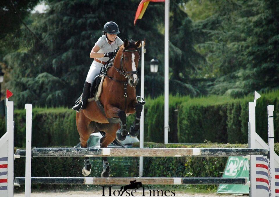 Andrea Garcia De Castro Vidal y Romeo AS de Picas. Foto de @horsetimesph